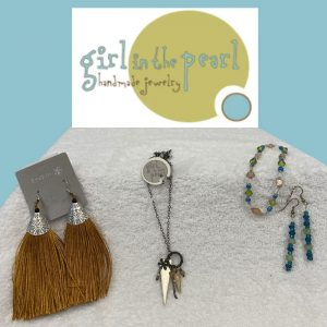 handmade jewelry by girl in the pearl